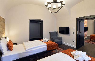 var_lakosztaly_6_1552_hotel_eger.jpg